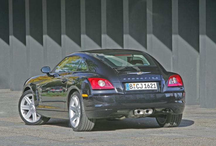 Chrysler Crossfire Black Line01